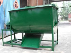 容量500斤型卧式搅拌机
