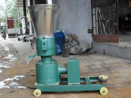 250型传动轴式颗粒机时产500公斤